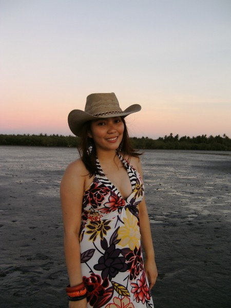 Sunset Goddess in Samar_hat 3