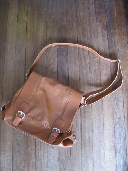 Fab Manila Talia messenger bag
